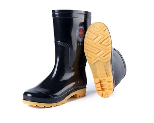 牛筋底耐磨防滑雨靴